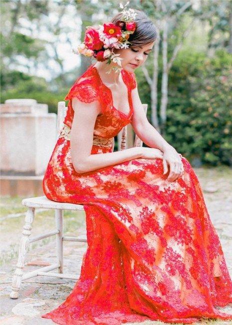 Цветочное украшение для прически невесты