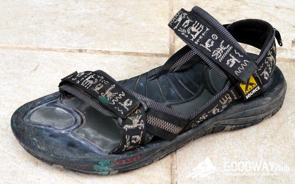 Бежевые туфли к вечернему платью