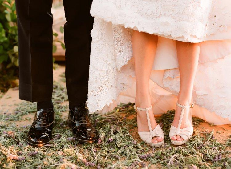 Удобные и красивые босоножки для невесты