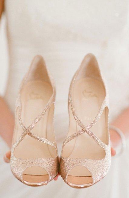 Изысканная свадебная обувь