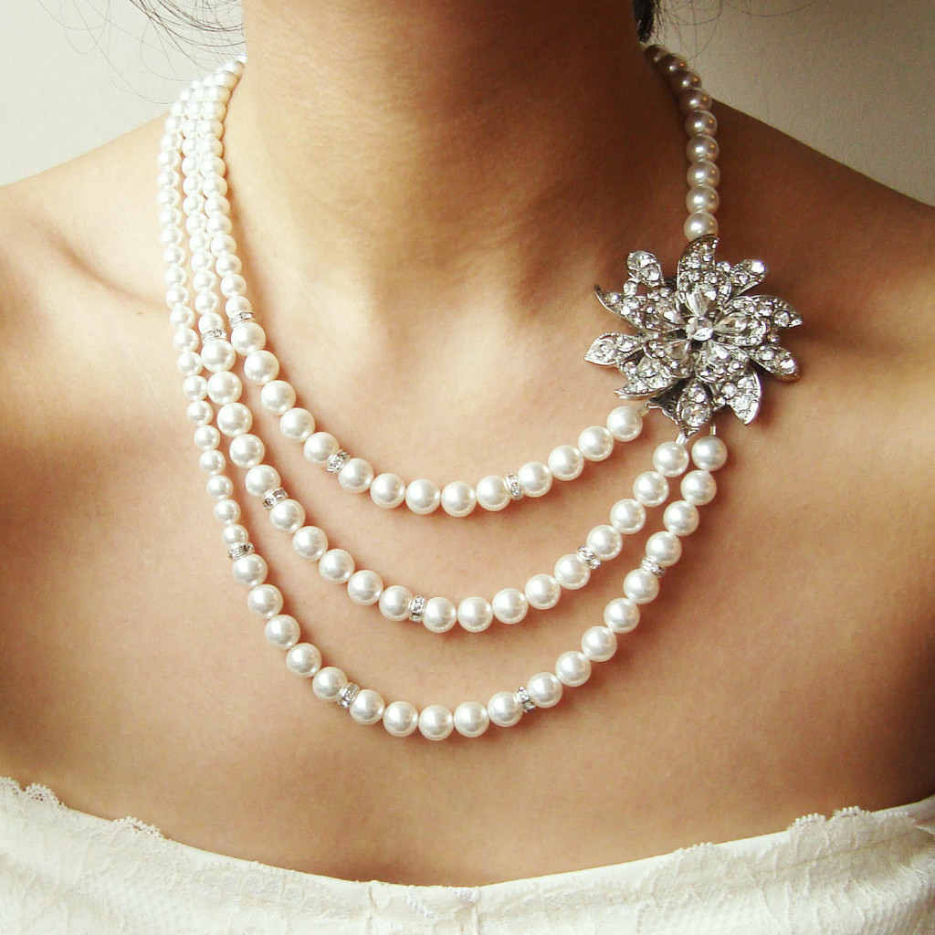 Necklace-for-V-Neck-Wedding-Dress-2014