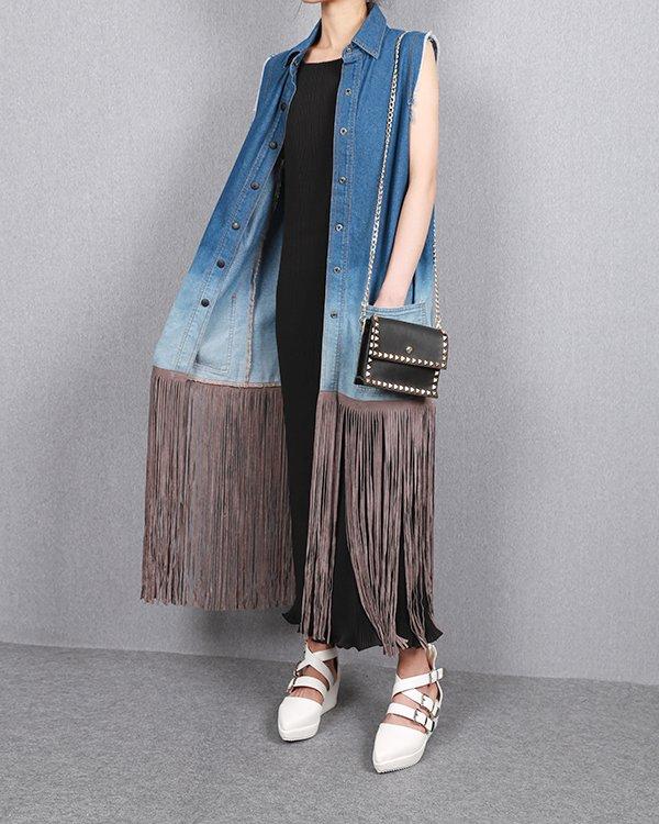 джинсовая жилетка с бахромой