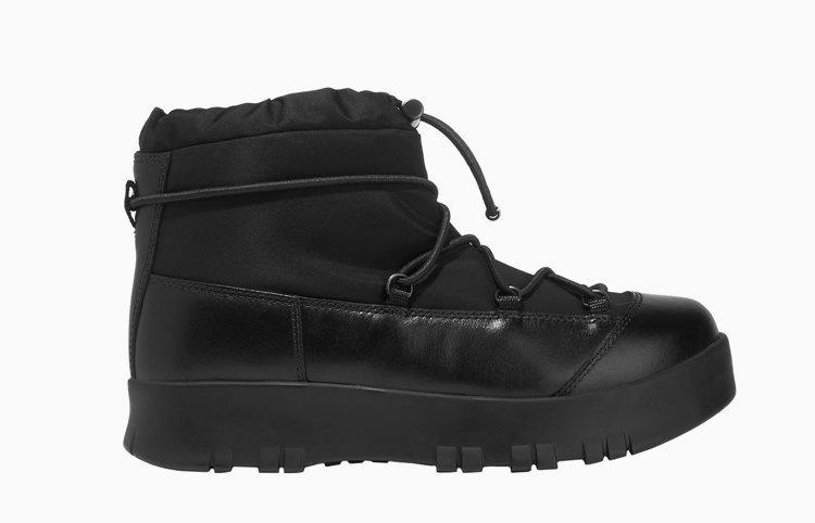 Ноги в тепле: 11 пар обуви для зимних прогулок. Изображение № 4.