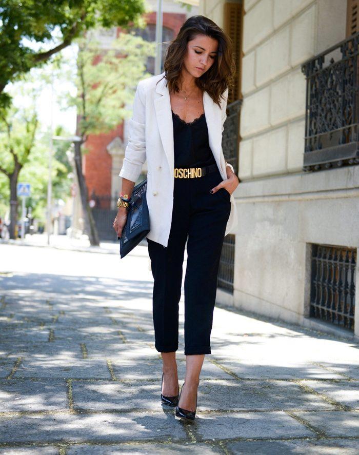 льняные брюки и майка в бельевом стиле