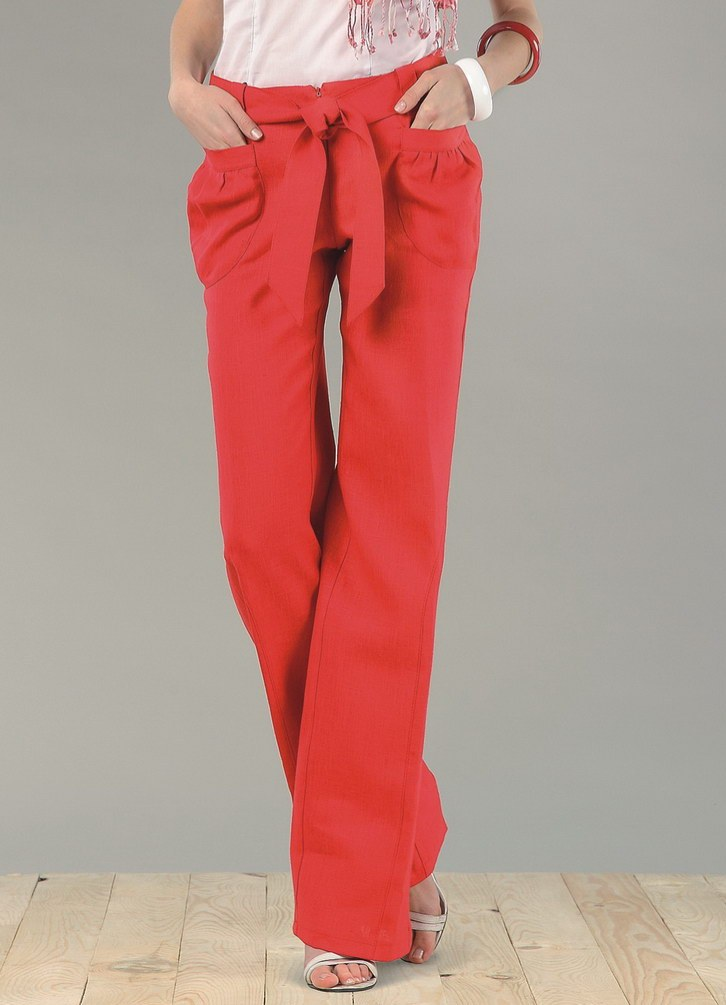 широкие красные брюки