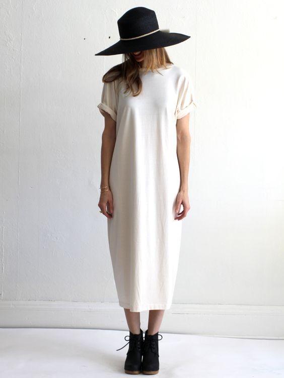 платье-оверсайз со шляпой