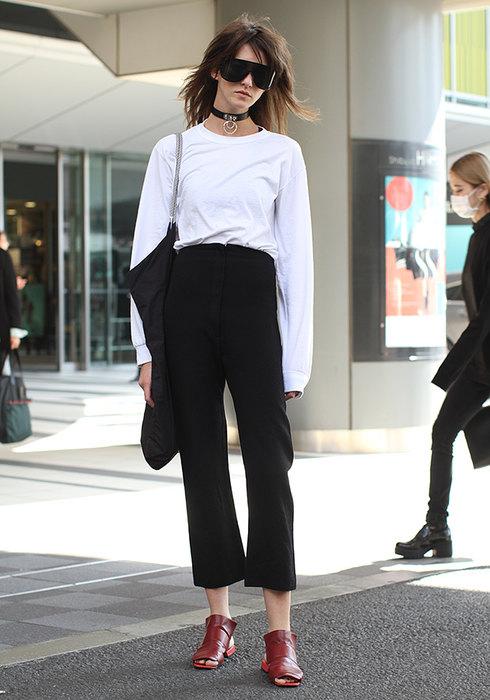 женские черные брюки образы фото