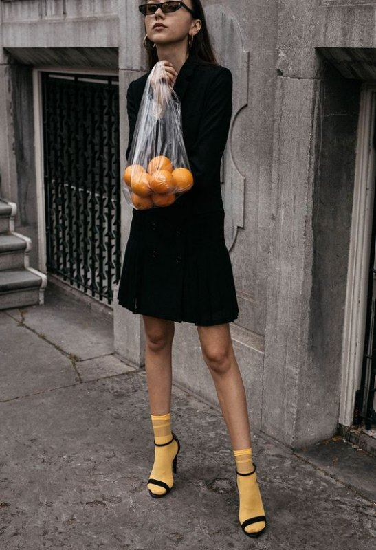Необычный, но невероятно модный тренд 2018 - туфли с носками