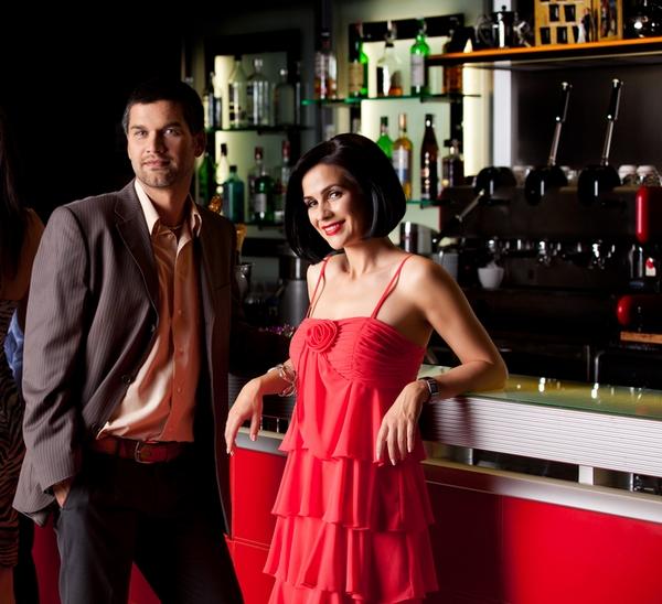Коктейльный образ пары. Фото с сайта bestcocktaildresses.com.au