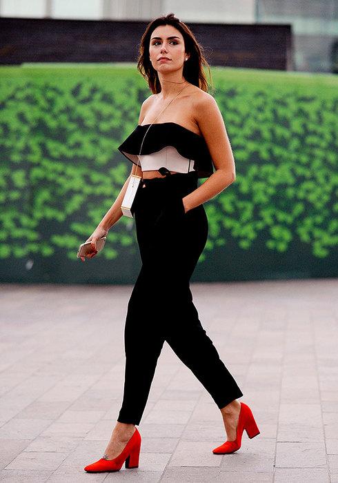 с чем носить черные брюки 2015