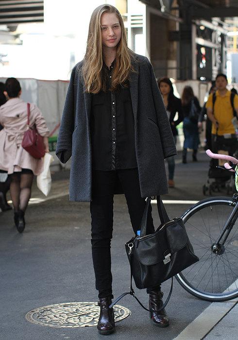 женские черные брюки вофис