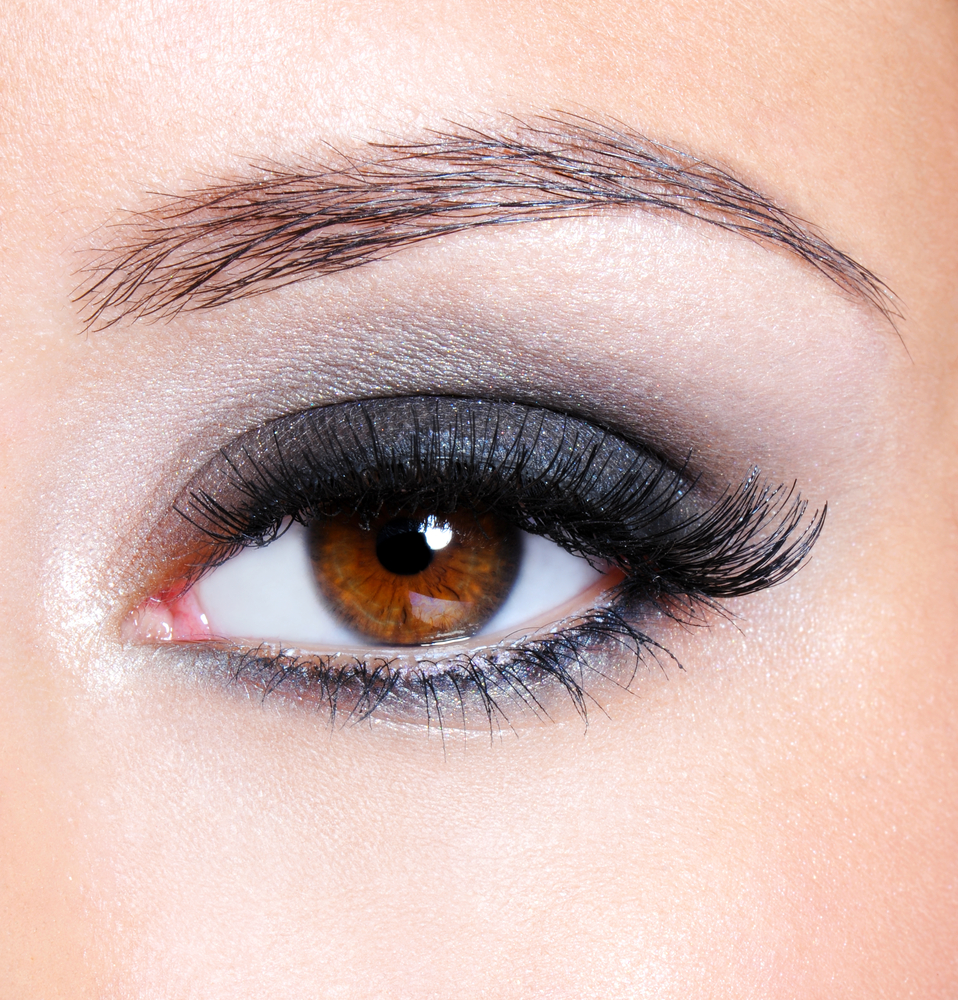 макияж для карих глаз серый