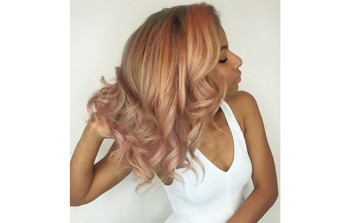 розовые волосы фото