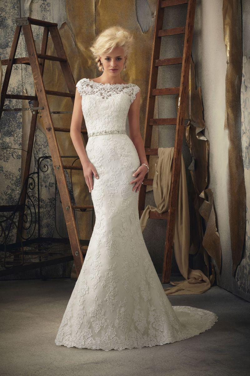 кружевное свадебное платье рыбка - аксессуар пояс