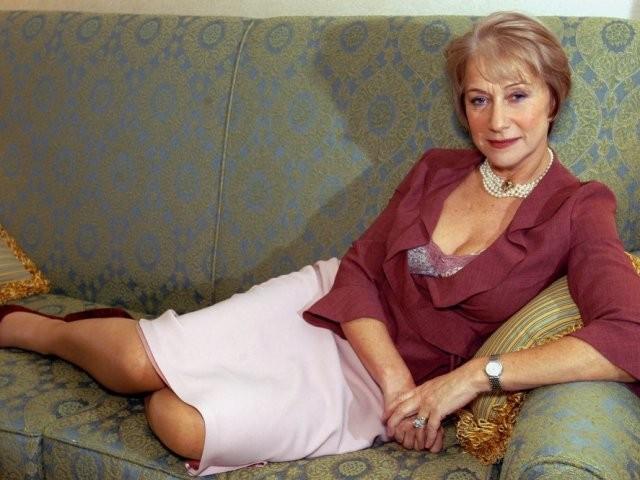 юбка миди розовая блузка красная рукав 3/4 для женщин после 50 лет
