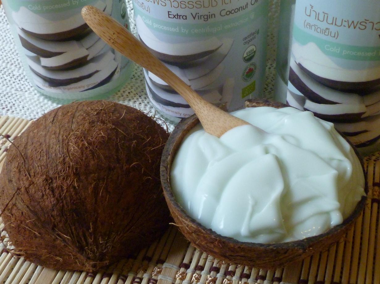 Питательная маска из кокосового масла