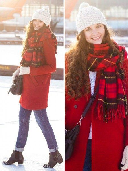 шапка к красному пальто