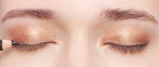 макияж глаз с тенями