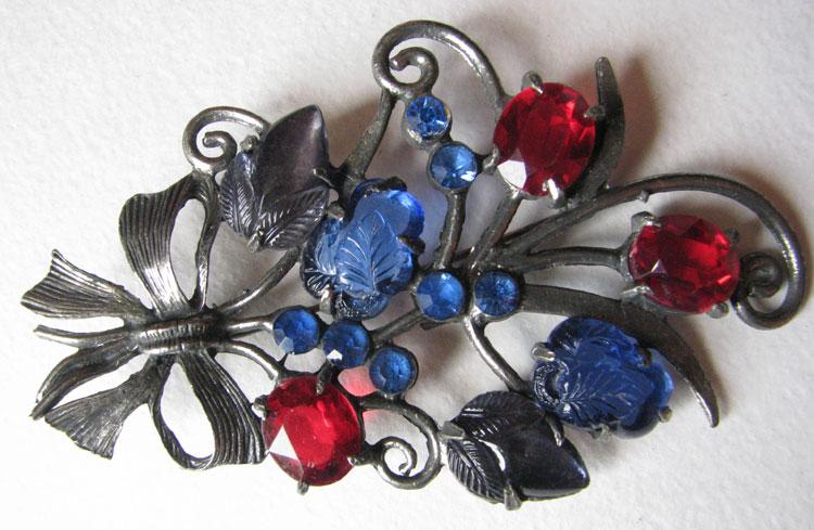 Коллекционные украшения из США от фирмы Pomerantz - середина 20в.