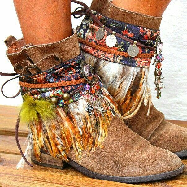 ботинки с этническими нотками
