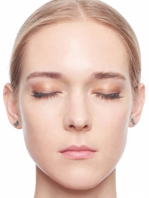 макияж с нюдовой помадой