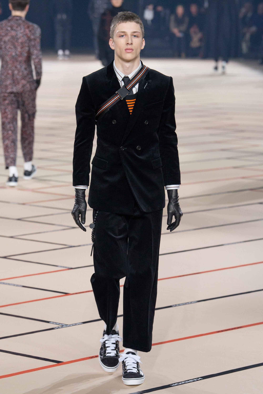 Длинные мужские перчатки