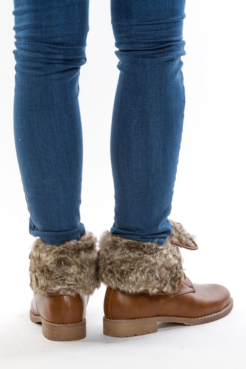 Ботинки с мехом из коричневой кожи