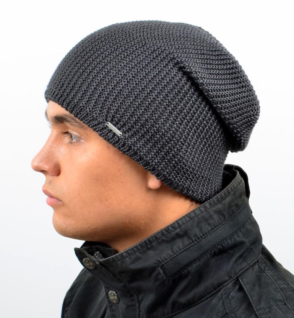 мужские головные уборы зима 2019-2020: шапка бини серая