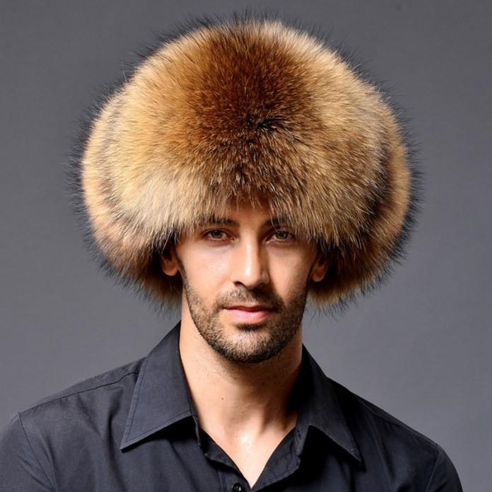 мужские головные уборы зима 2019-2020: объемная шапка из лисицы