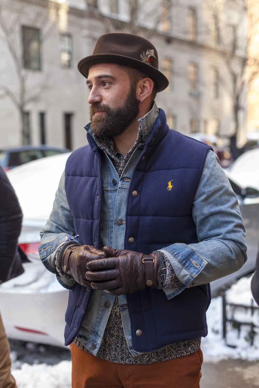 Мужские перчатки стеганые