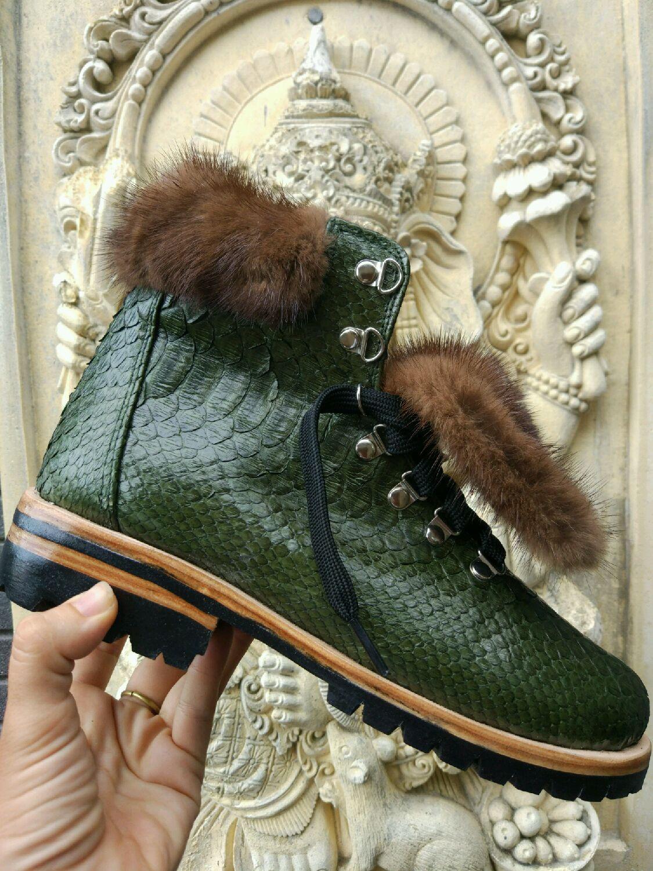 Ботинки с мехом зеленые