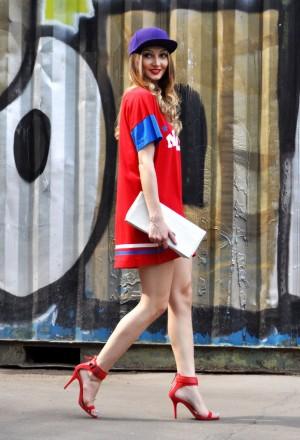 комплект для swag-девушки с платьем-футболкой