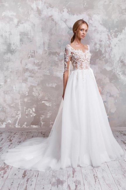 Модное полупрозрачное платье