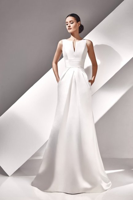 Минималистичное платье на свадьбу